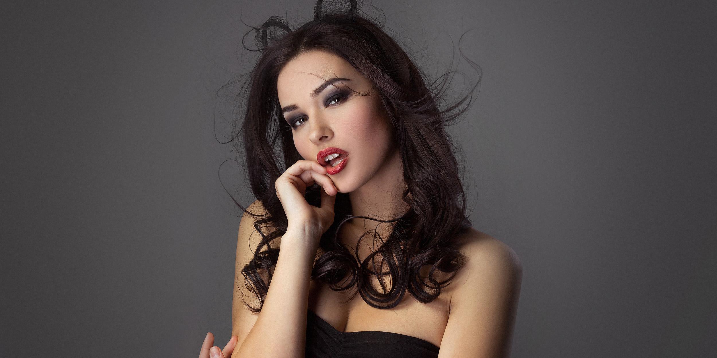 Фото девушек с вечерним макияжем